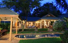 Luxury 4-bed Beachside Pool Villa, Plai Laem