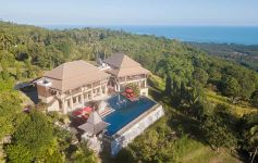 Luxury 6-Bed Panoramic Sea View Villa, South-West Coast