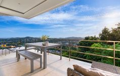 Immaculate 1-Bed Ocean View Resort Apartment, Big Buddha