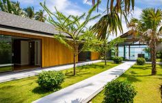 Two Brand New 5 Bed Pure Beachfront Villas, South Coast