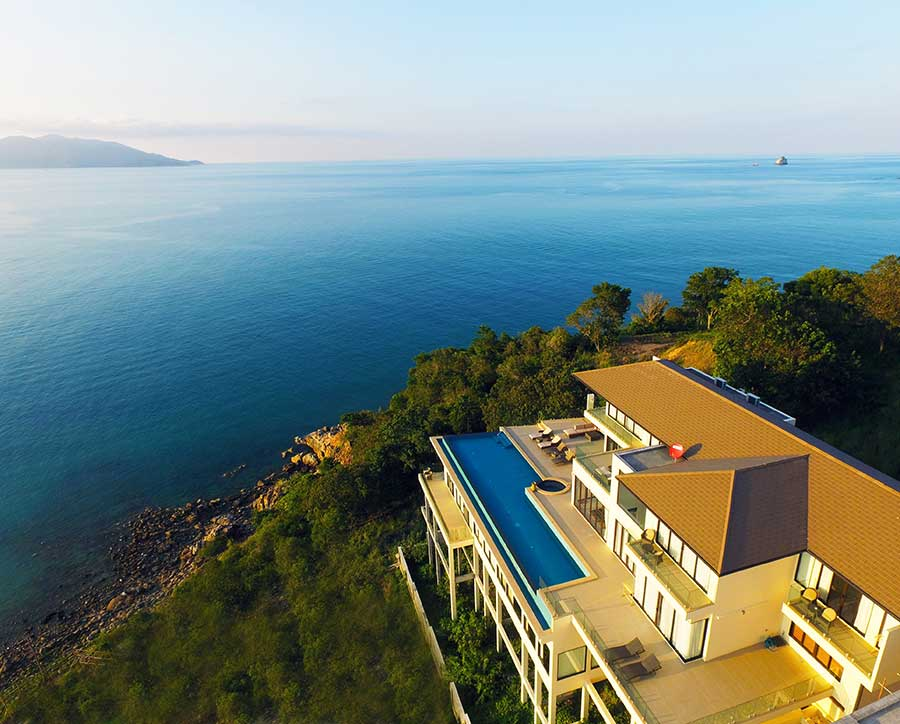 Magnificent 6-Bed Headland Villa, Plai Laem