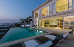 Contemporary 4-Bed Sunset Sea View Villa , Big Buddha