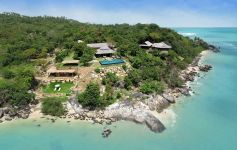 7-Bed Beachfront Villa - 10,000 sqm of Oceanfront Land
