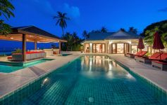 Four Bedroom Beachfront Villa, Hua Thanon