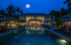 Beachfront Mansion and Resort - West Coast - Taling Ngam