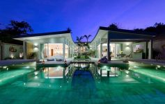 Bespoke Luxury 5-bed Beachfront Villa, Choeng Mon