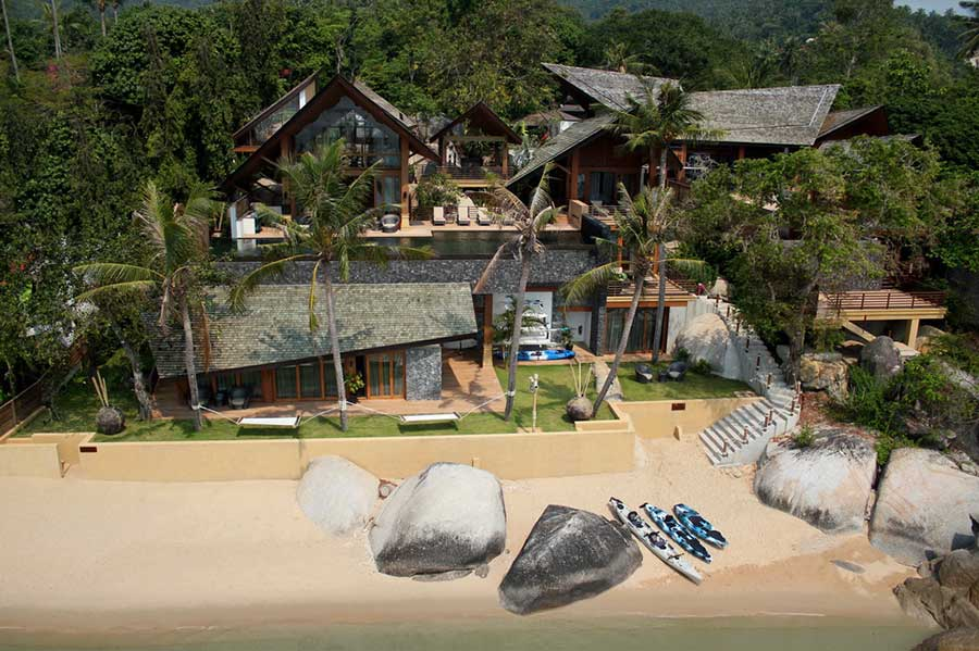 Iconic 5-Bed Beachfront Villa, South Coast