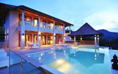 Luxury 5-bed Sea View Pool Villa, Maenam