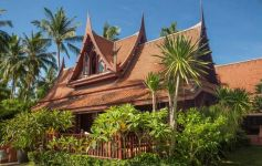 Authentic Sunset-Facing Thai Style Beach Villa, Lipa Noi